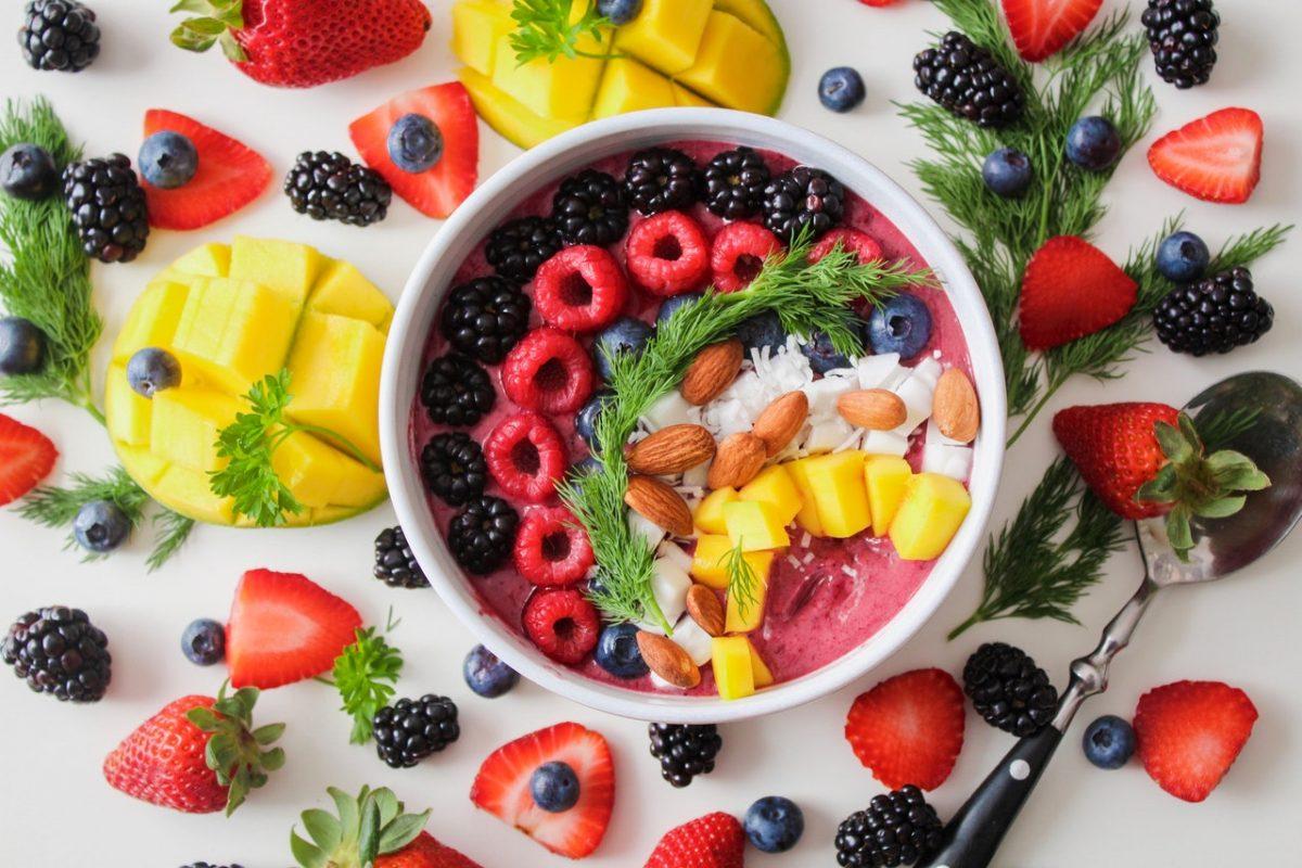 Zdrava živila, ki jih je dobro vključiti v vsakodnevno prehrano
